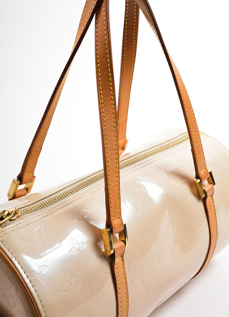 "Louis Vuitton Beige Patent Leather Monogram ""Vernis Bedford"" Barrel Bag Detail 2"