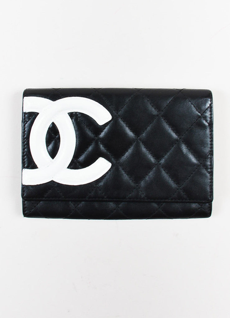 "Chanel Black and White Quilted Leather 'CC' Logo ""Ligne Cambon"" Wallet Frontview"