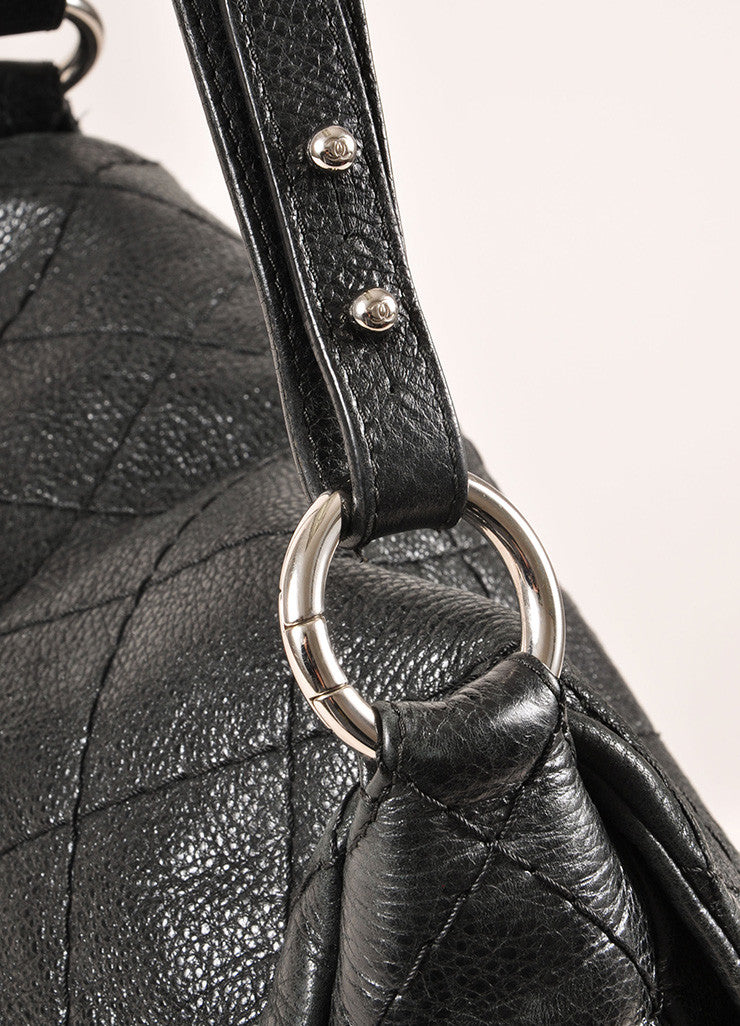 "Chanel Black and Silver Toned Glazed Caviar Leather ""CC"" Logo Flap Shoulder Bag Detail 2"