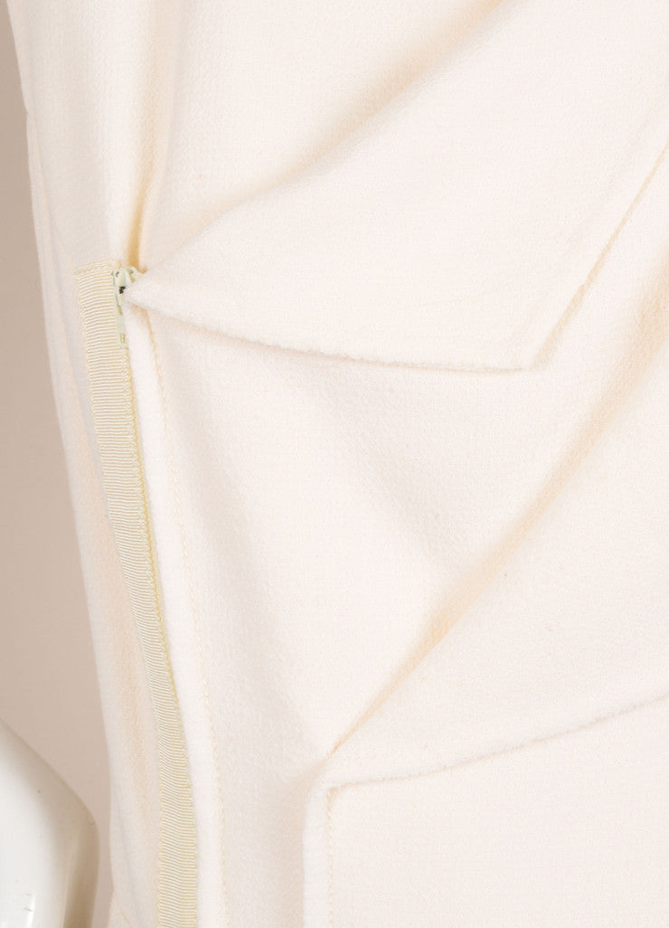 Oscar de la Renta Cream Zip Sleeveless Dress Detail