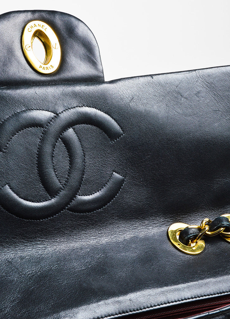Chanel Black Quilted Lambskin Leather Gold Toned Chain Flap Shoulder Bag Detail 4