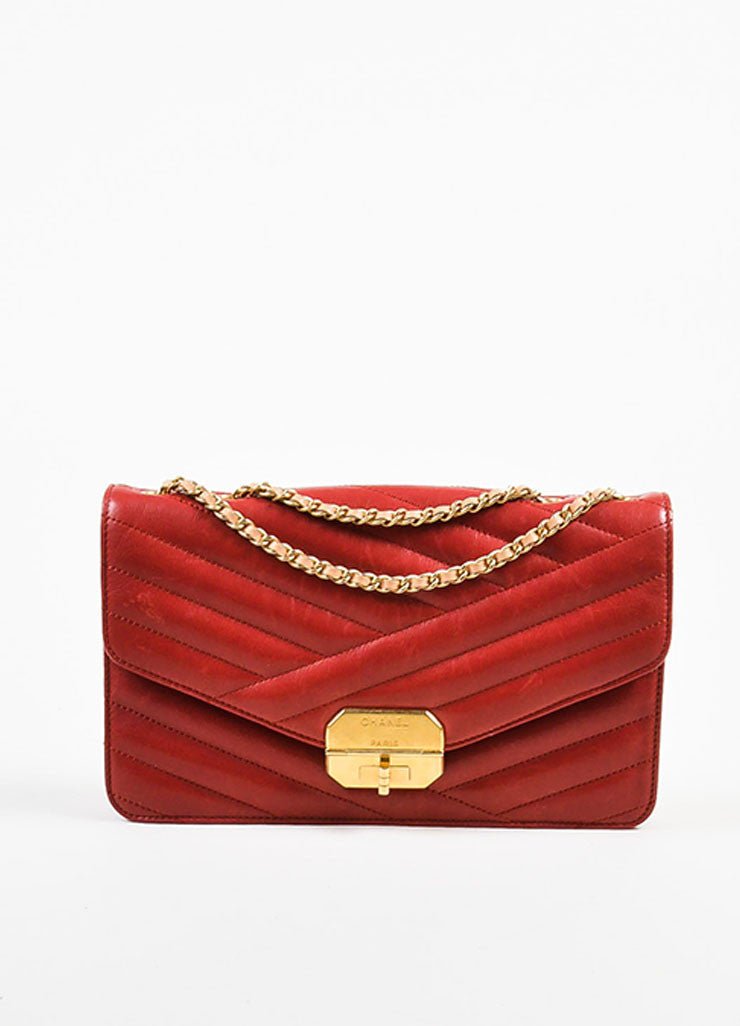 Red Leather Gold Toned Chanel Diagonal Stitched Reissue Flap Shoulder Bag