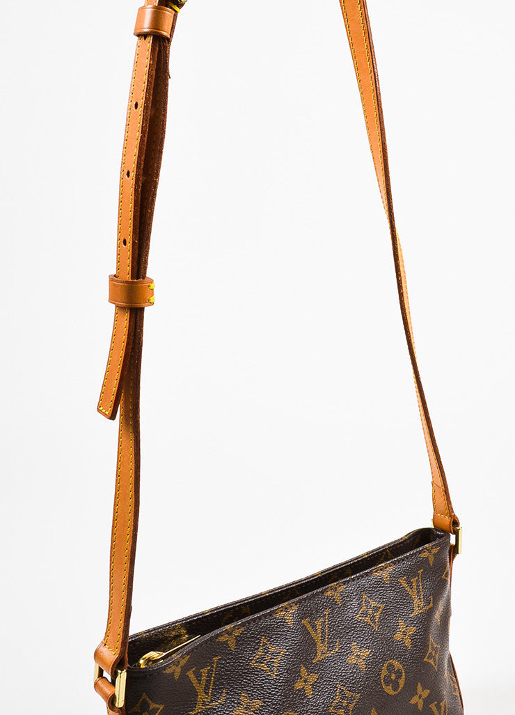 "Louis Vuitton Brown and Tan Coated Canvas Leather Monogram ""Trotteur"" Crossbody Bag Detail 2"