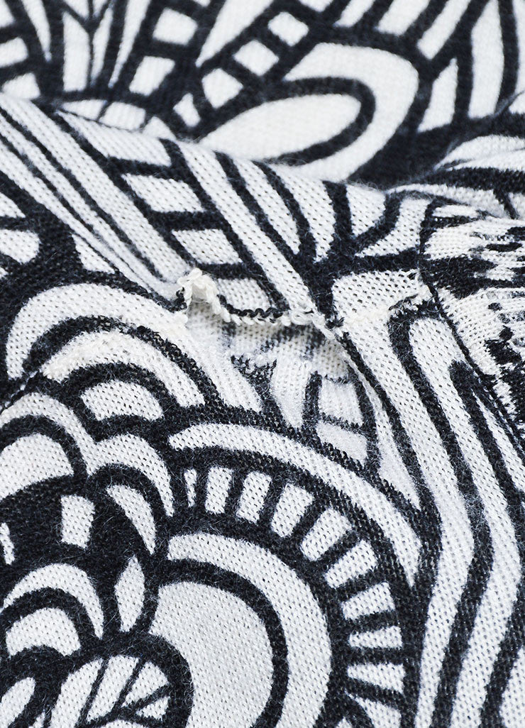 Black and White Missoni Cashmere and Silk Floral Printed Turtleneck Sweater Detail 2