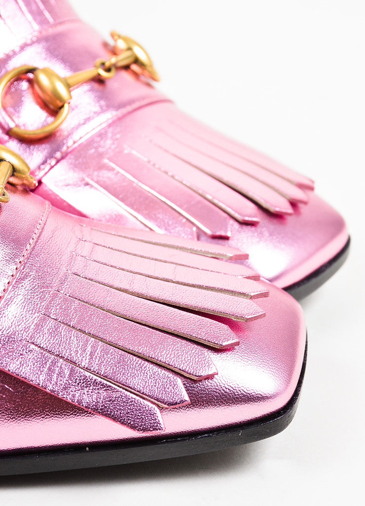 Gucci Metallic Pink Leather Horsebit Fringe Mid Heel Loafers Detail