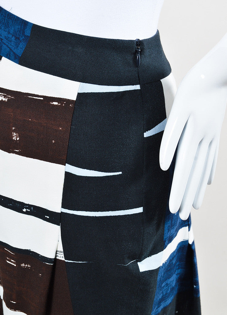 Akris Punto Navy Blue, White, and Brown Printed Pleated A-Line Skirt Detail