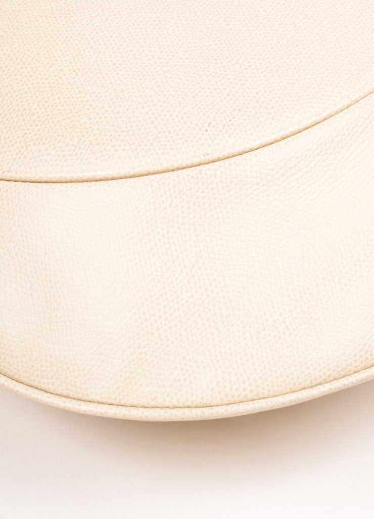 Valextra Beige Grain Leather Hobo Shoulder Bag Detail 3