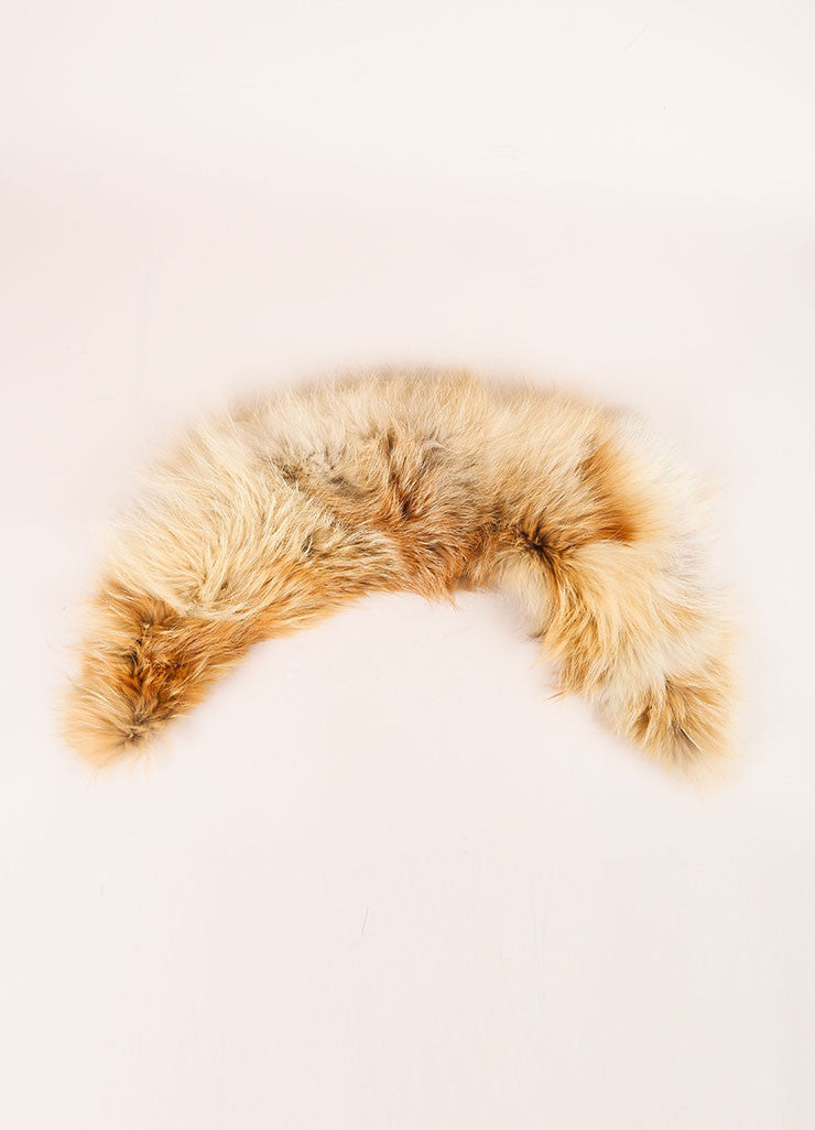 "C/FAN New With Tags Tan and Cream Natural Fox Fur ""Brett"" Clip On Collar Frontview"