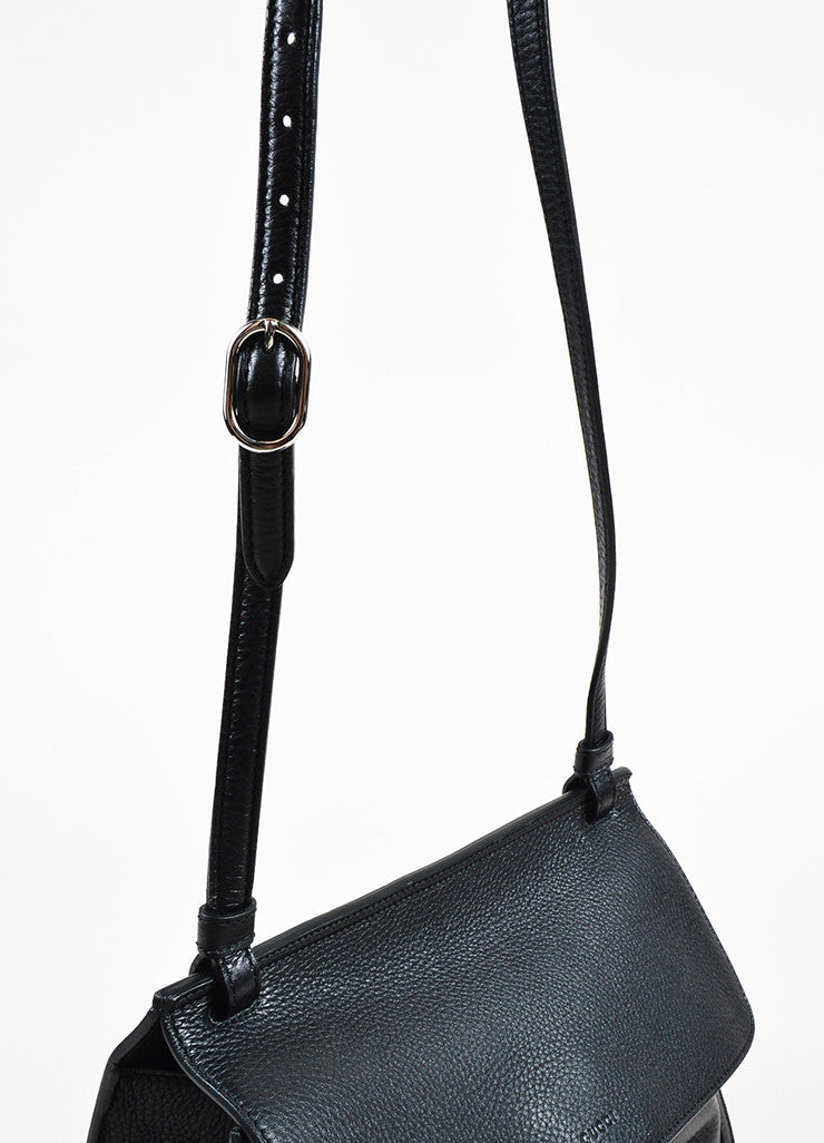 "Gucci Black Pebbled Leather Bamboo Tasseled Crossbody ""Daily"" Flap Bag Detail 2"