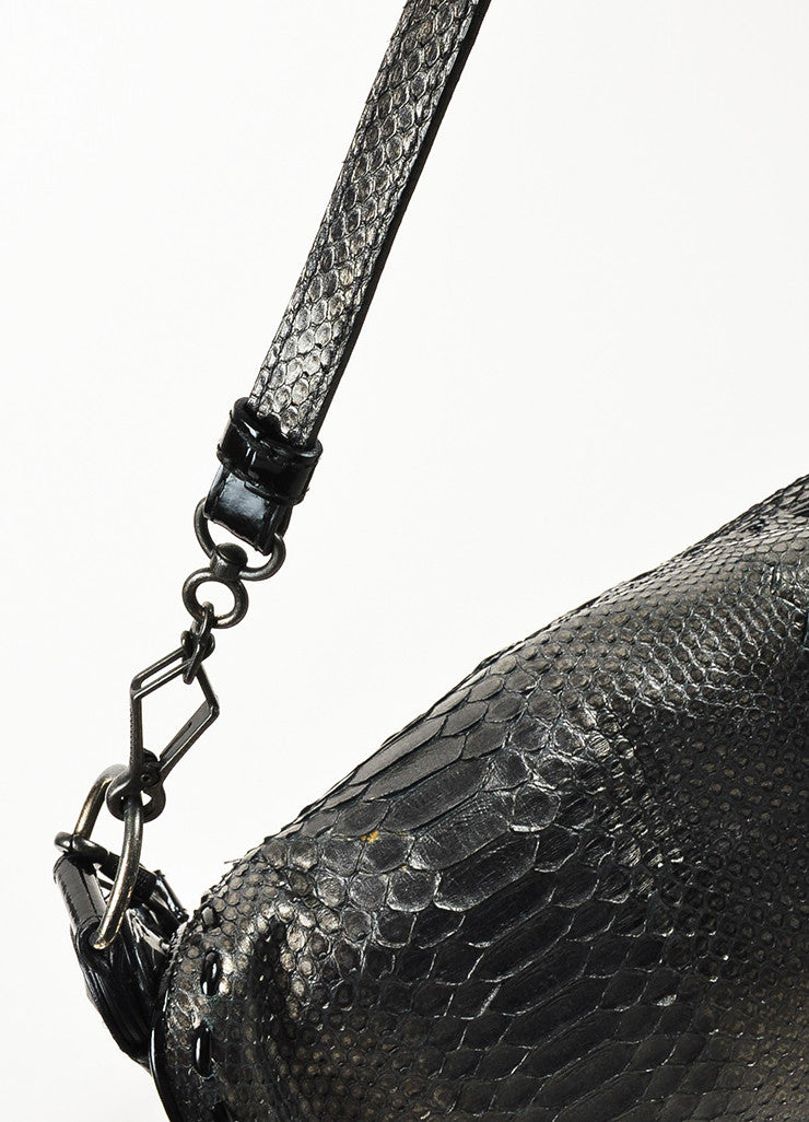 ¥éËBottega Veneta Black Gunmetal Metallic Python Leather Shoulder Messenger Bag Detail 3