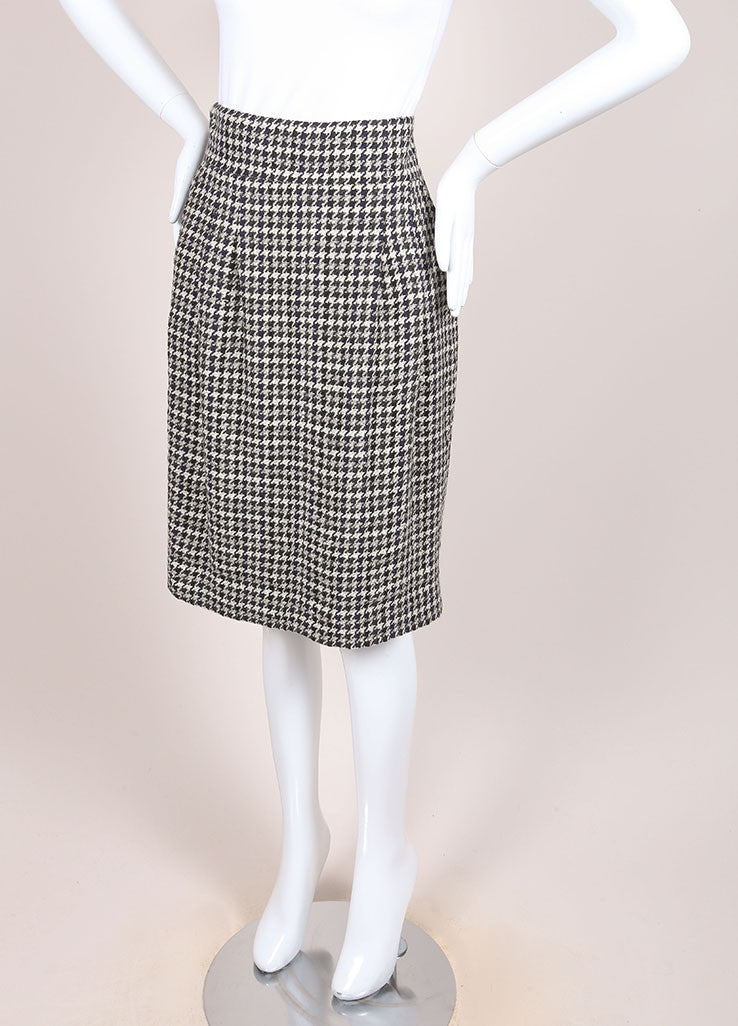 Chanel Black and White Houndstooth Knit Pleated Knee Length Pencil Skirt Sideview