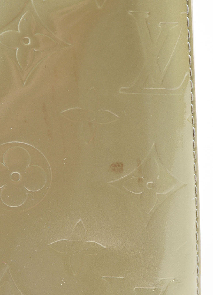 Louis Vuitton Pale Green Patent Leather Monogram Tote Detail 4