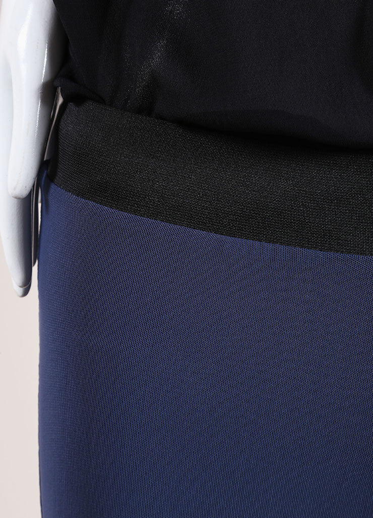 Karolina Zmarlak Navy Blue Leggings Detail