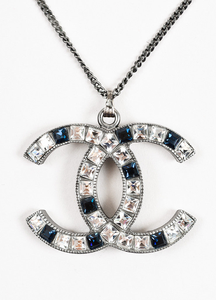 Chanel Silver Toned and Blue Metal Rhinestone Embellished 'CC' Pendant Necklace Detail 2