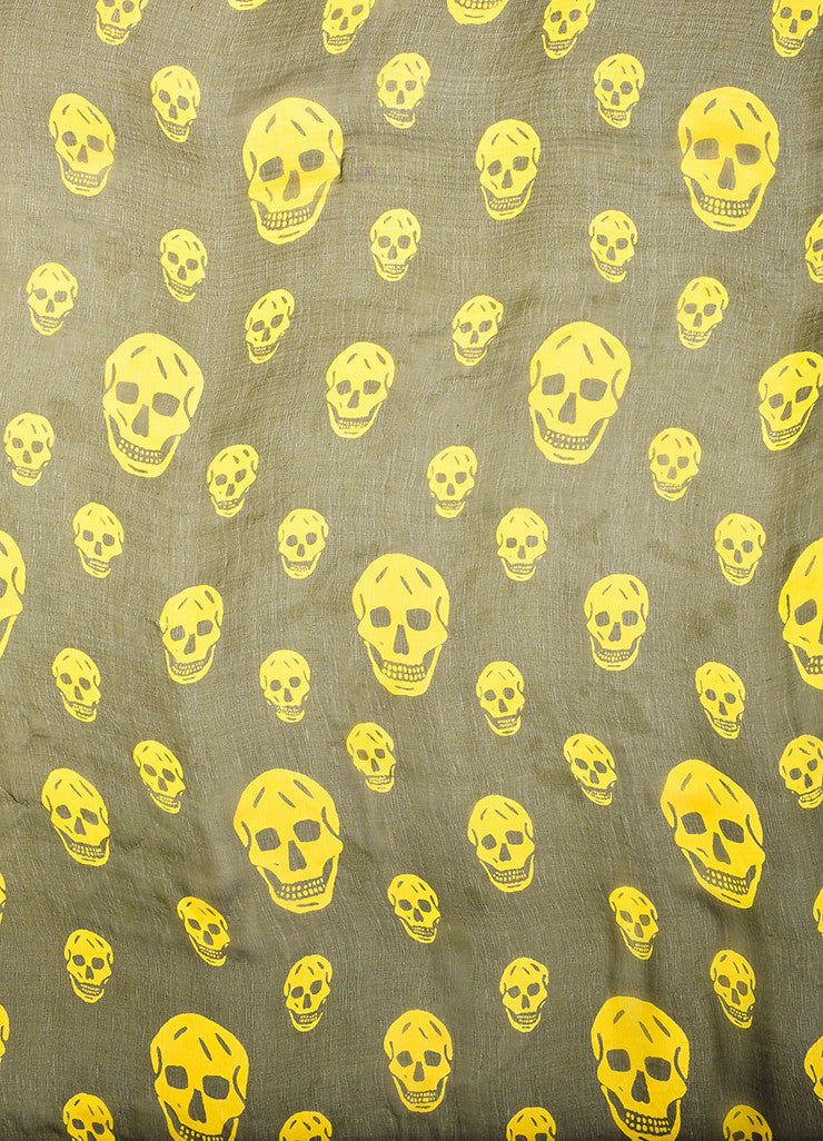 å´?ÌÜAlexander McQueen Olive Green and Yellow Skull Sheer Square Scarf Detail 3