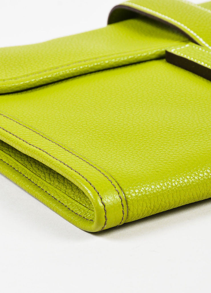 "Hermes Vert Anis Green Togo Leather ""Jige PM"" Flap Clutch Bag Detail"