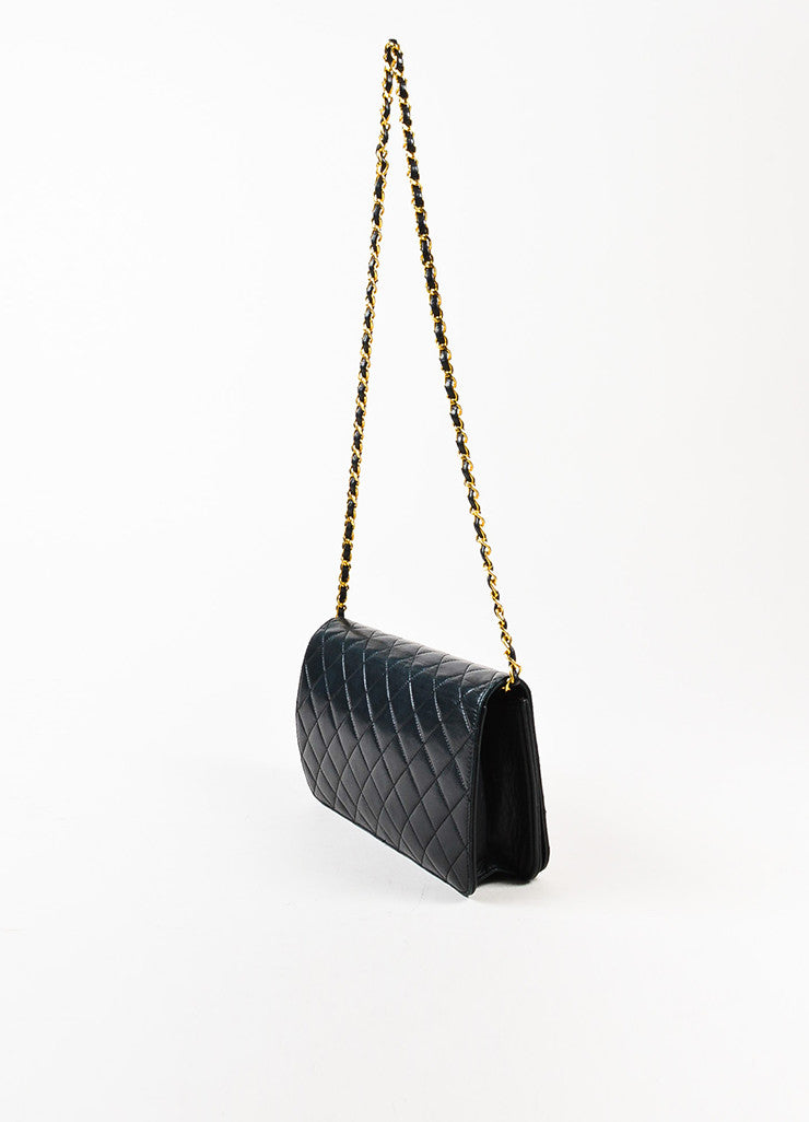 "äó¢íšíóChanel Black Leather Quilted Single Flap Chain Strap ""CC"" Shoulder Bag Sideview"