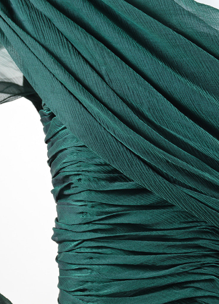 Oscar de la Renta Emerald Green Silk Chiffon Long Sleeve Gown Detail