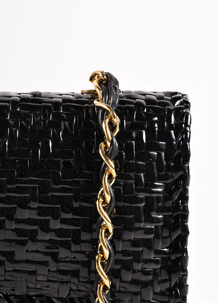 "ChanelBlack Woven Straw Rectangular ""CC"" Turnlock Chain Strap Flap Shoulder Bag Detail 2"