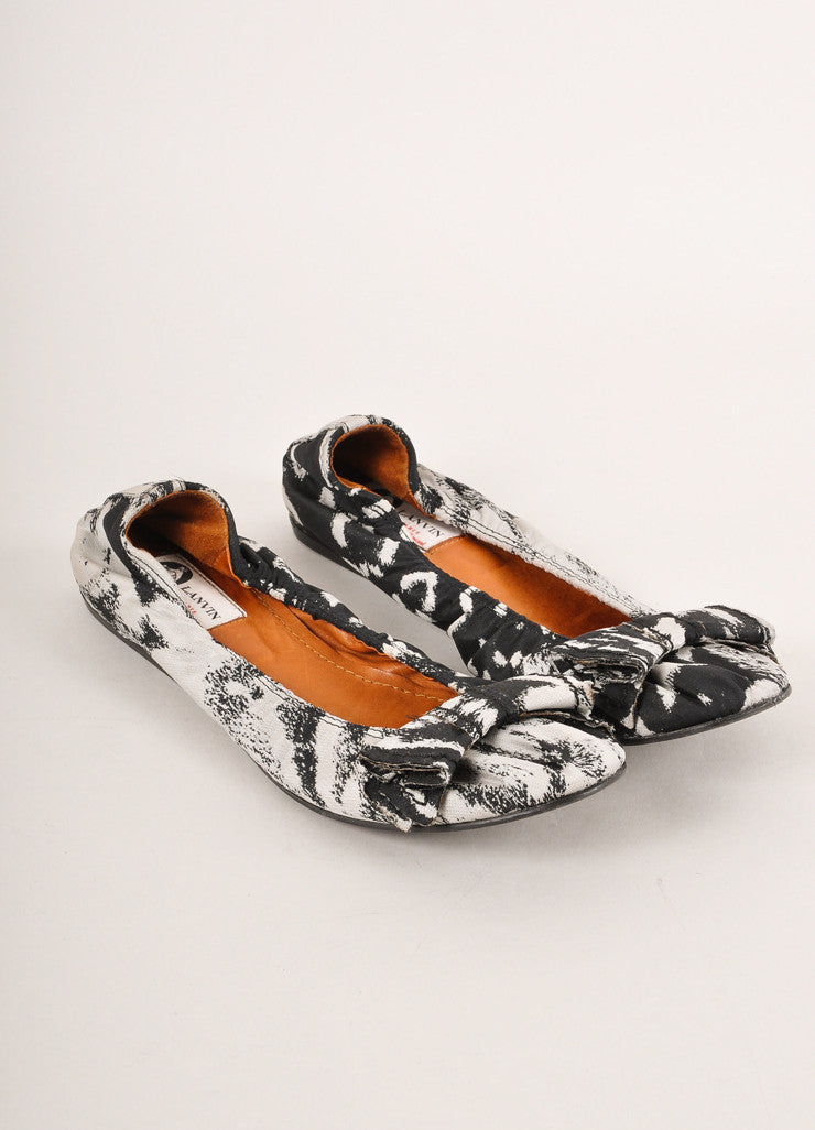 Lanvin Black and Grey Abstract Printed Bow Detail Canvas Ballet Flats Frontview