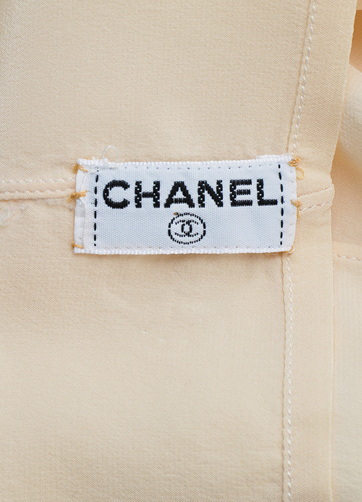 Chanel Cream and Peach Silk Pleated Clover Button Down Blouse Brand