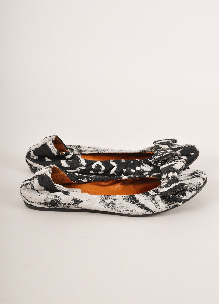 Lanvin Black and Grey Abstract Printed Bow Detail Canvas Ballet Flats Sideview
