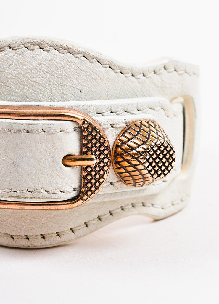 "Balenciaga White and Rose Gold Toned Leather ""Arena Giant"" Buckle Bracelet Detail"