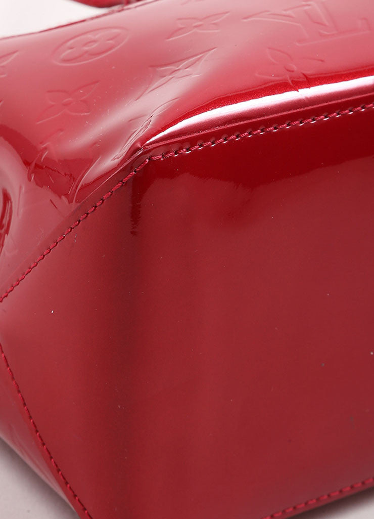 "Louis Vuitton Red Vernis Monogram Patent Leather ""Wilshire PM"" Satchel Handbag Detail"