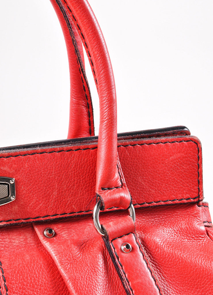 Balenciaga Red and Silver Toned Turnlock Clasp Grained Leather Shoulder Bag Detail 2