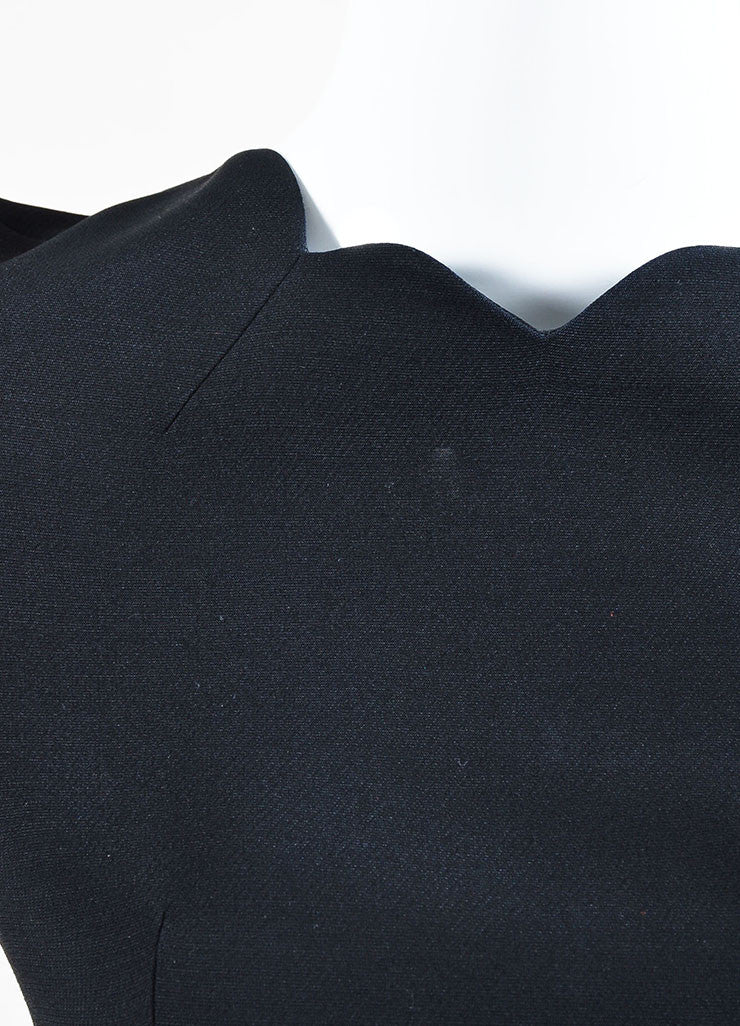Black Christian Dior Wool and Silk Scalloped Trim Short Sleeve Dress Detail