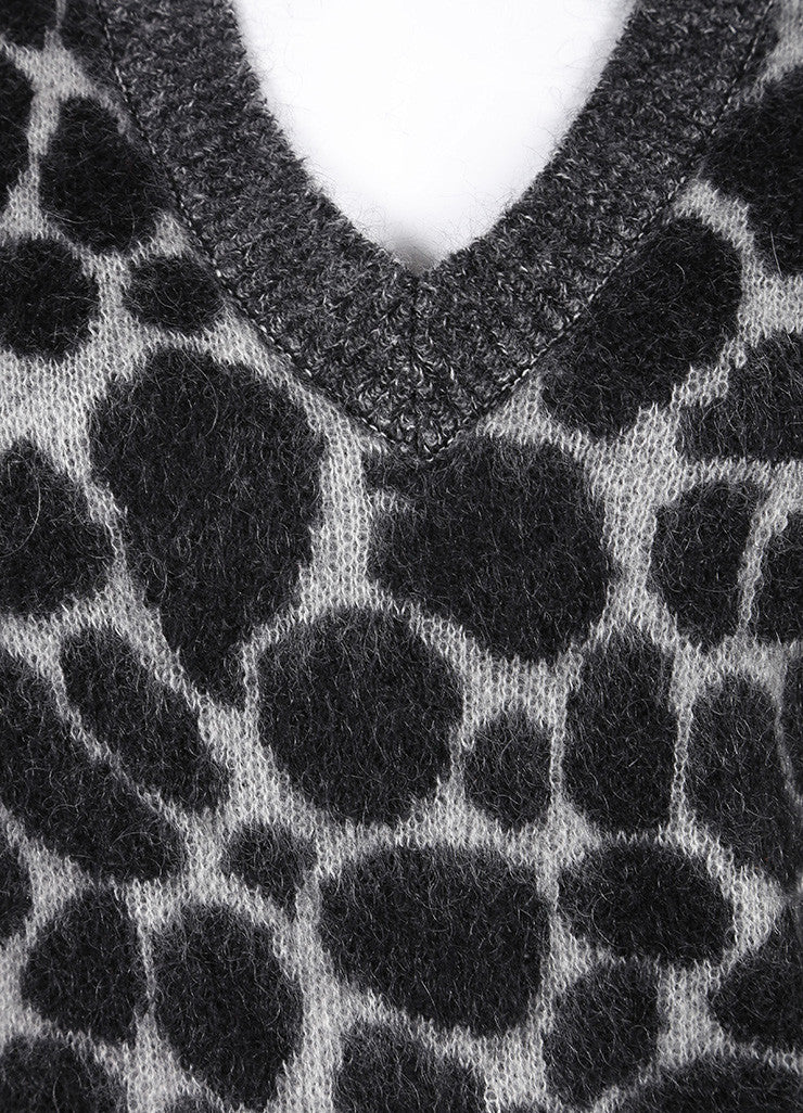 Gucci New With Tags Grey and Black Fuzzy Knit Leopard Print Long Sleeve Sweater Detail