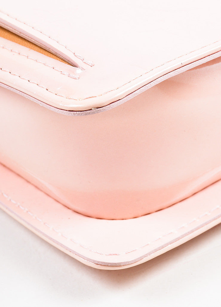 "Louis Vuitton Baby Pink Vernis Leather Embossed ""Mott"" Crossbody Bag Detail"