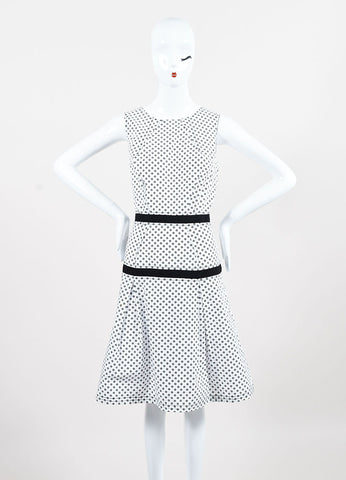 Oscar de la Renta White Black Cotton Daisy Dot A Line Sleeveless Dress Front 2