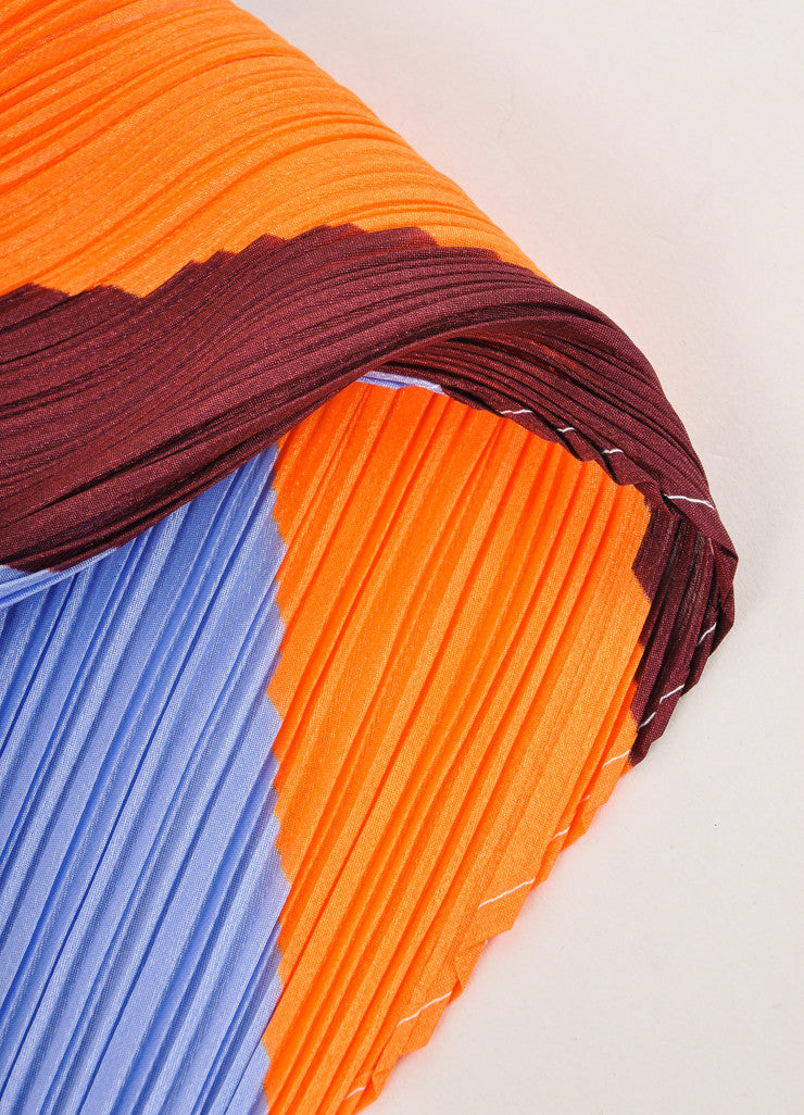 Pleats Please by Issey Miyake Maroon, Orange, and Blue Accordion Pleated Scarf Detail 2
