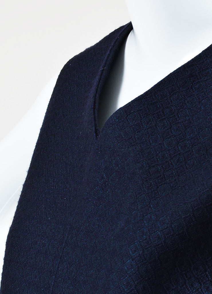 Celine Navy Silk Wool Blend Textured V-Neck Sleeveless Shift Dress Detail