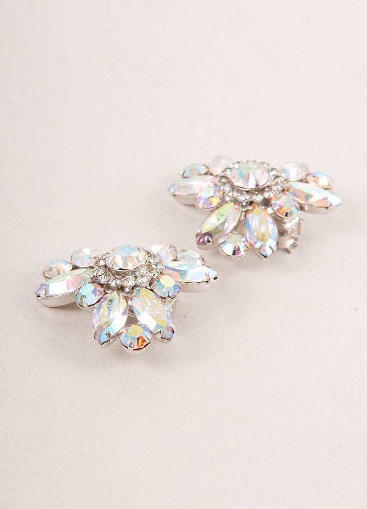 Vintage Weiss Iridescent Rhinestone Rosette Clip On Earrings
