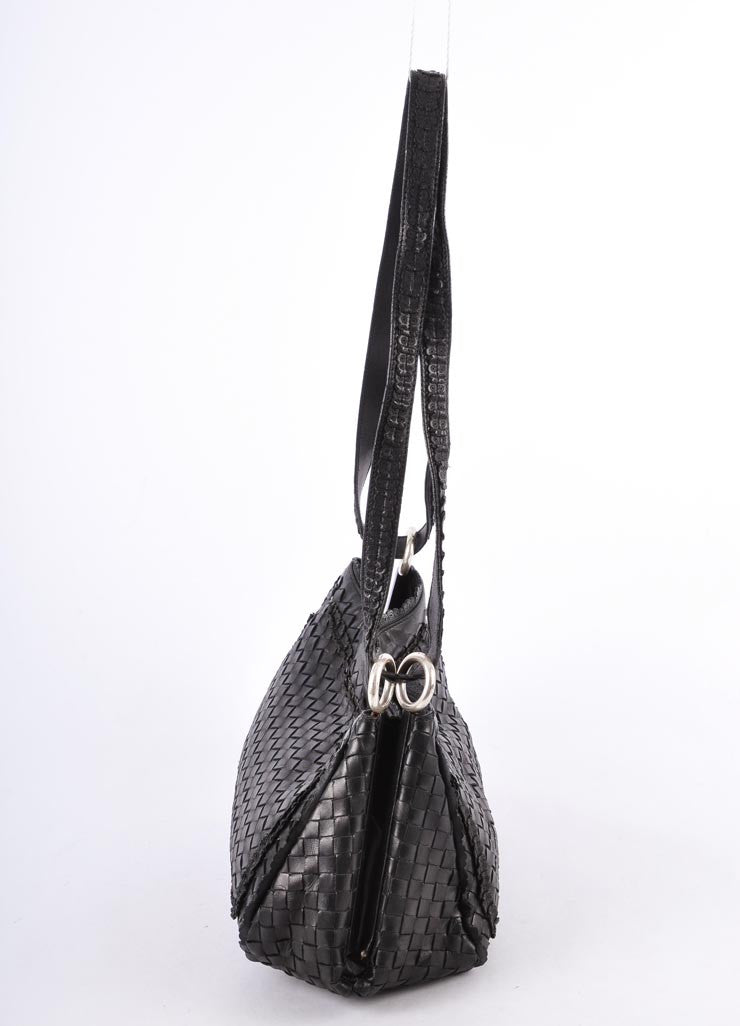 Woven Scalloped Shoulder Bag