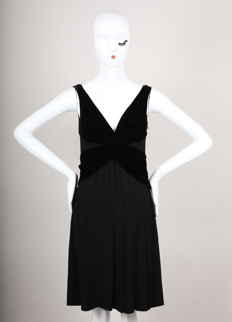 Black Sleeveless Pleated Dress With Velvet Embellishment