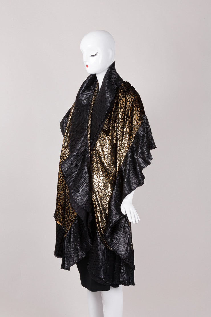 Lamé Metallic Gold and Black Wrap