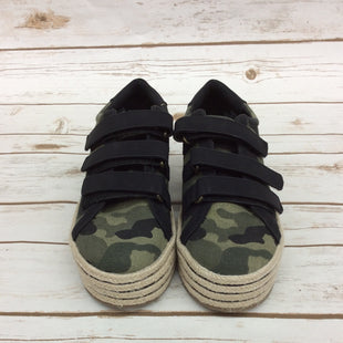 Primary Photo - BRAND: MIX NO 6 STYLE: SHOES ATHLETIC COLOR: CAMOFLAUGE SIZE: 7.5 SKU: 220-220160-875