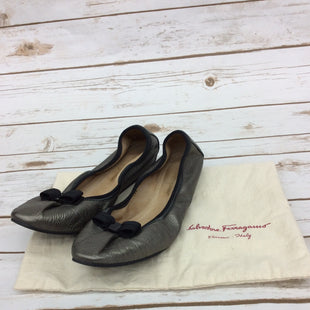 Primary Photo - BRAND: SALVATORE FERRAGAMO STYLE: SHOES FLATS COLOR: SILVER SIZE: 8.5 SKU: 220-22012-34194