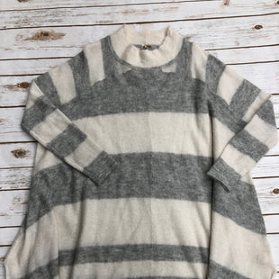 Primary Photo - BRAND: FREE PEOPLE STYLE: SWEATER LIGHTWEIGHT COLOR: STRIPED SIZE: S SKU: 220-220138-26460