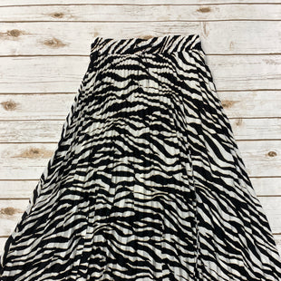 Primary Photo - BRAND: EXPRESS STYLE: SKIRT COLOR: ZEBRA PRINT SIZE: S SKU: 220-22012-33903