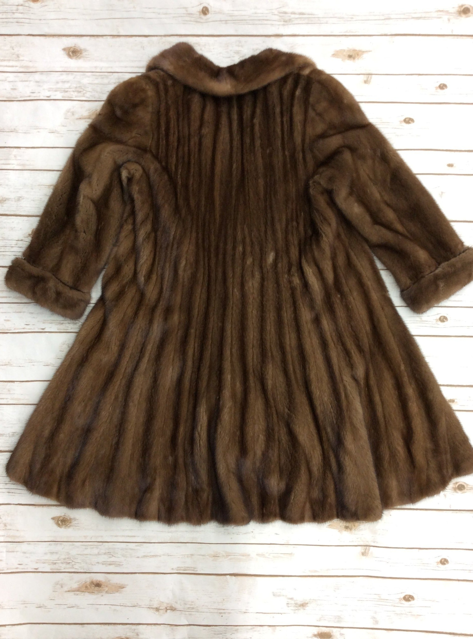 Photo #1 - BRAND: CMA <BR>STYLE: COAT LONG <BR>COLOR: BROWN <BR>OTHER INFO: BROMS - SIZE S-M<BR>SKU: 220-22090-7016<BR>MINK FUR COAT, EXCELLENT CONDITION, RETAILS FOR $4000