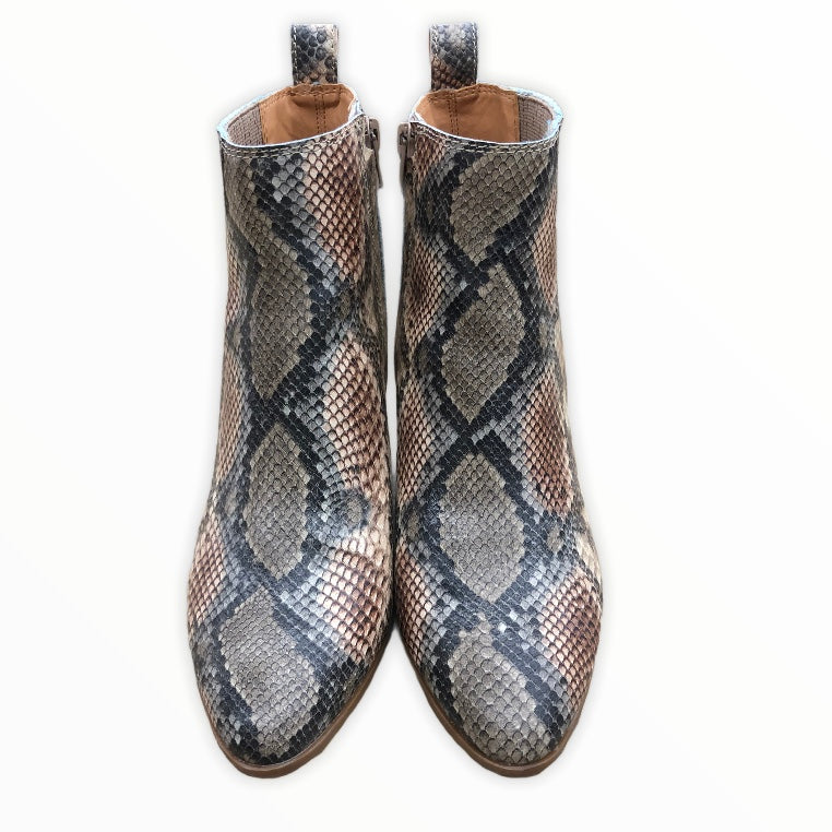 Photo #1 - BRAND: FRYE <BR>STYLE: BOOTS ANKLE <BR>COLOR: SNAKESKIN PRINT <BR>SIZE: 8 <BR>SKU: 220-220138-26776