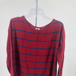 Primary Photo - BRAND: FRANCESCA'S , STYLE: TOP LONG SLEEVE , COLOR: RED BLUE , SIZE: L , OTHER INFO: NEW! , SKU: 105-4605-8926