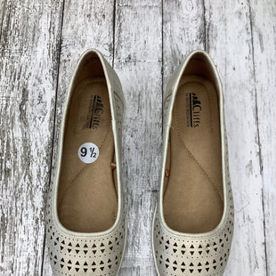 Primary Photo - BRAND: WHITE MOUNTAIN , STYLE: SHOES FLATS , COLOR: TAN , SIZE: 9.5 , SKU: 105-3221-9522
