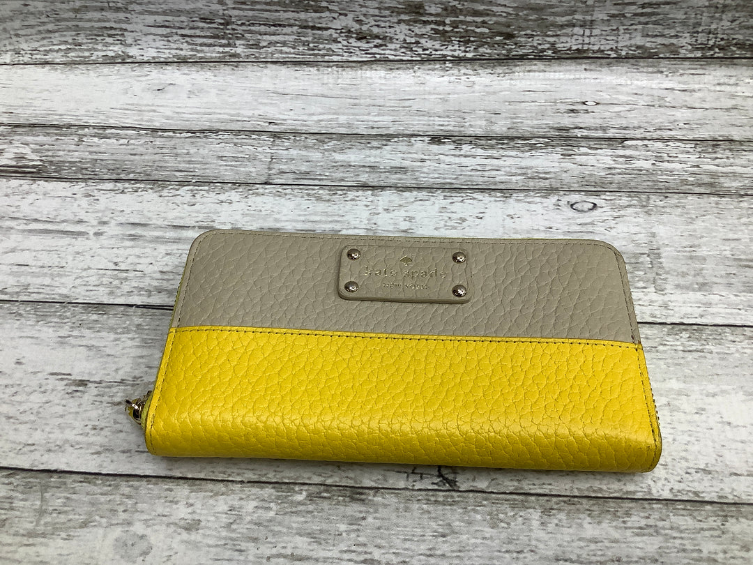 Primary Photo - brand: kate spade , style: wallet , color: yellow , size: large , sku: 105-3752-22061