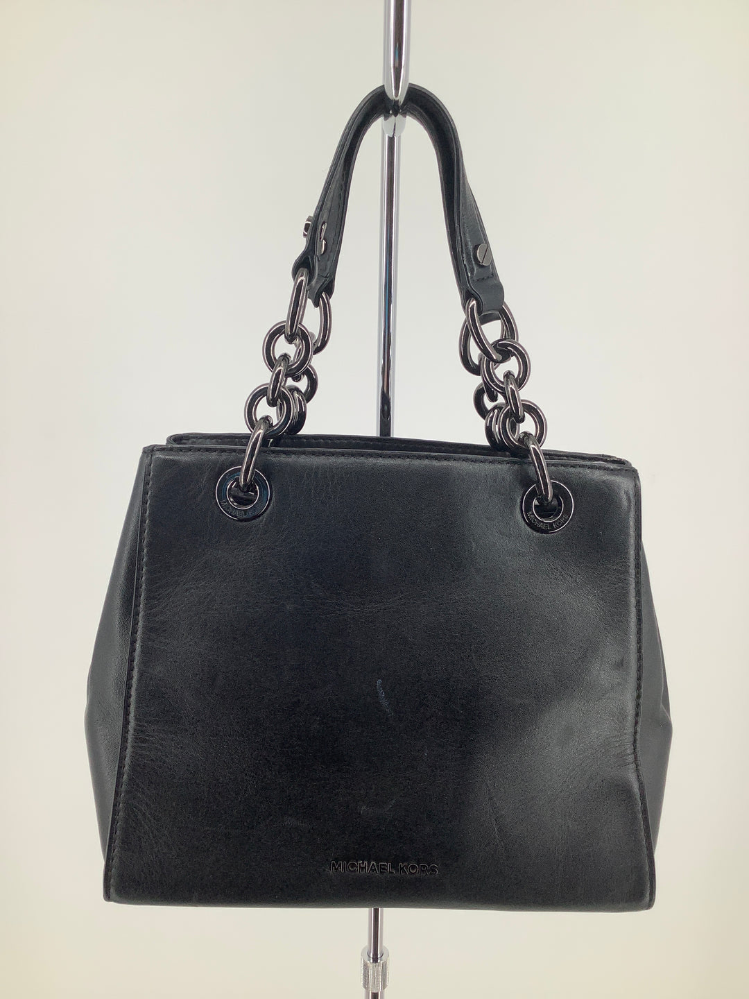 Photo #1 - brand: michael kors , style: handbag designer , color: black , size: small , sku: 105-2768-27455, missing long strap