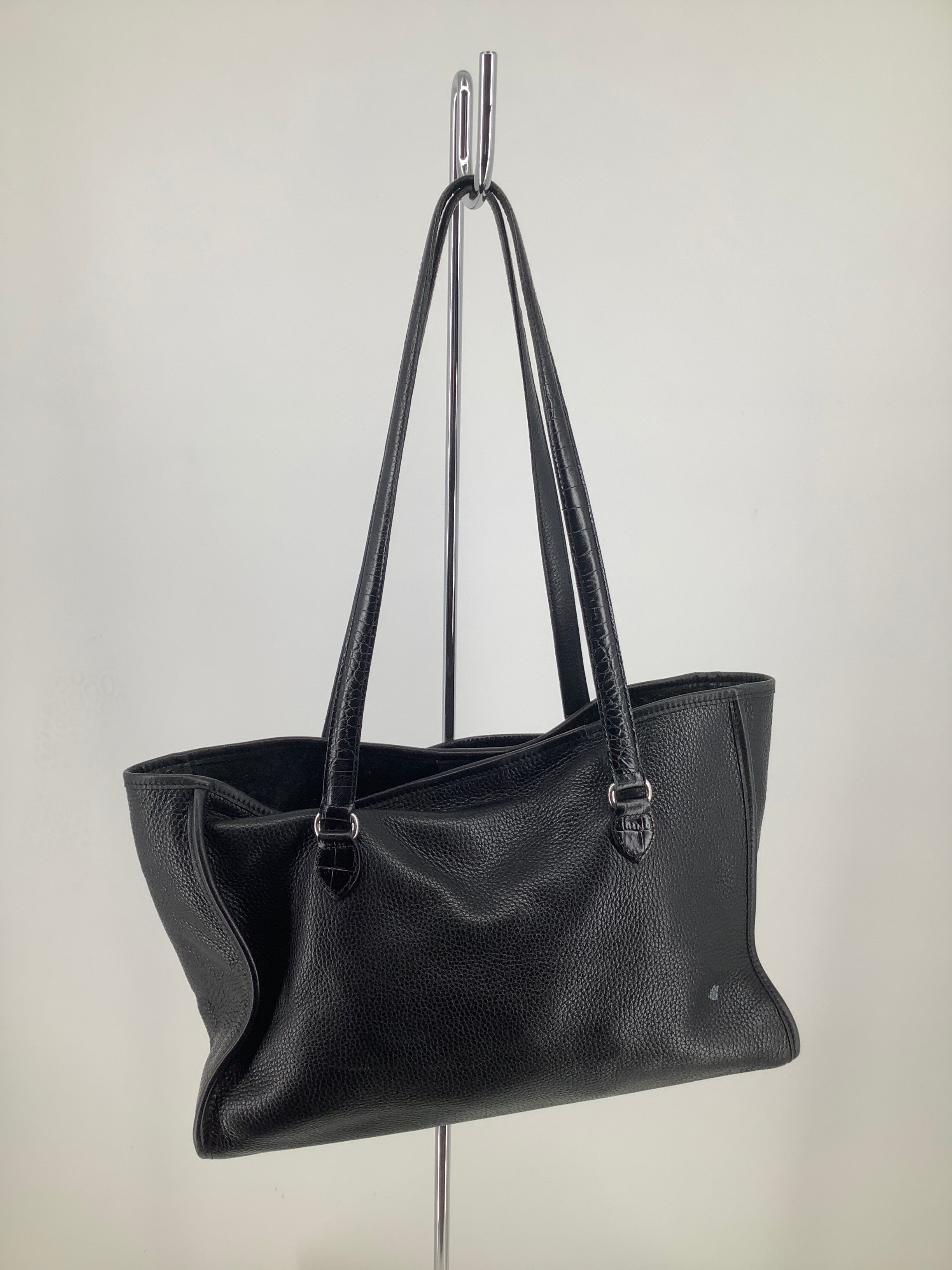 Photo #1 - brand: brighton , style: handbag designer, color: black , size: large , sku: 105-4940-6122